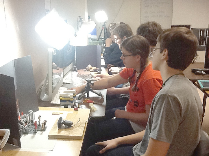Students create stop motion animation in FWSU.