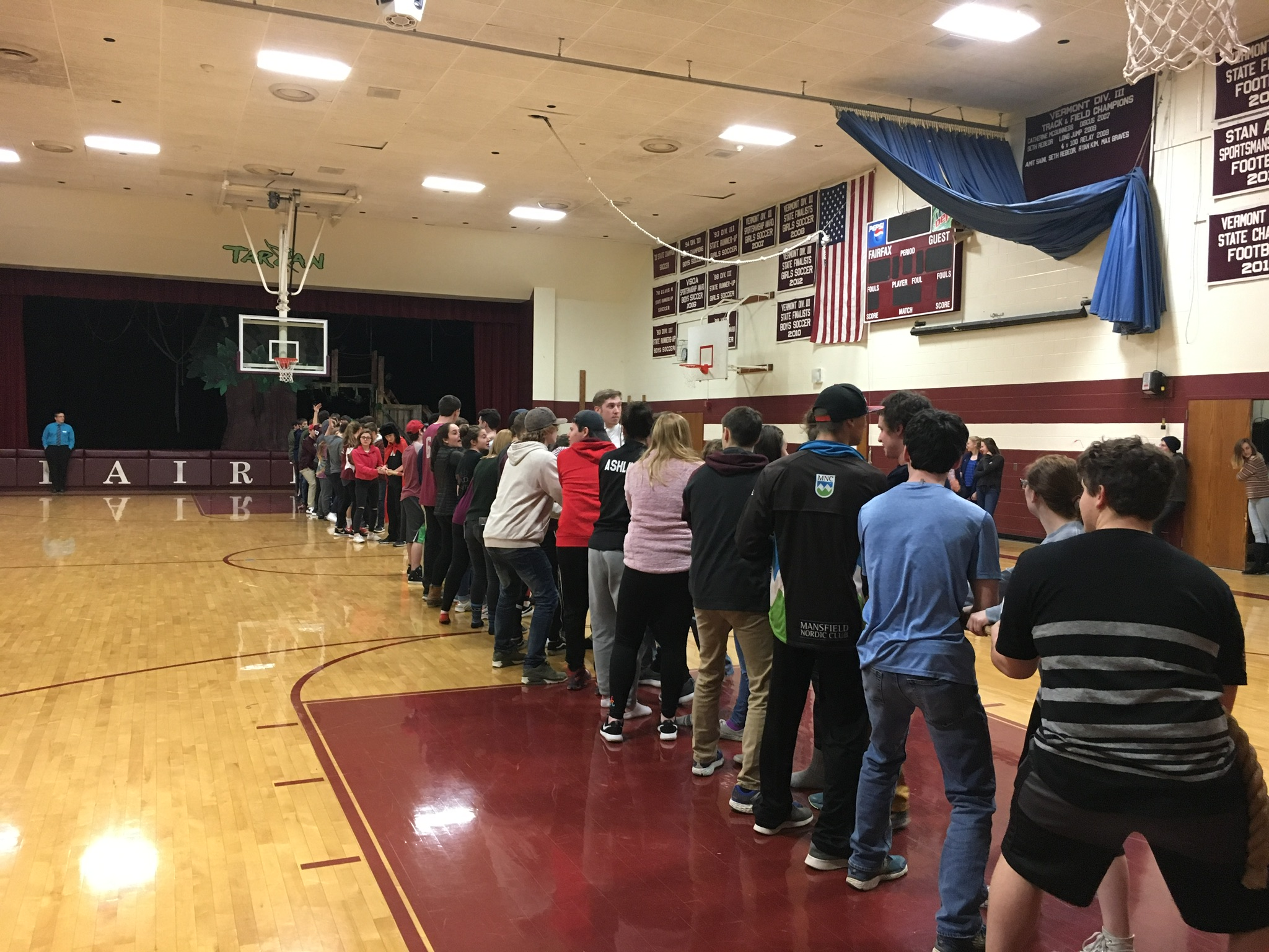 Class of 2021 vs Class of 2018 in Tug of War Finals